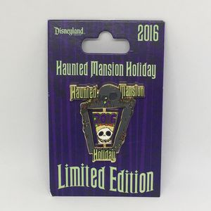 DLR Haunted Mansion Holiday 2016 Jack Skellington Spinner Wreath Disney Pin LE for Sale in Azusa, CA