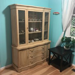 Antique 1947 Armoire for Sale in Sherwood,  OR