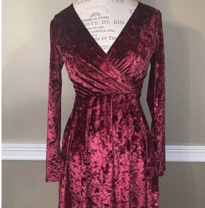 Forever 21 Velvet Dress for Sale in Los Angeles, CA