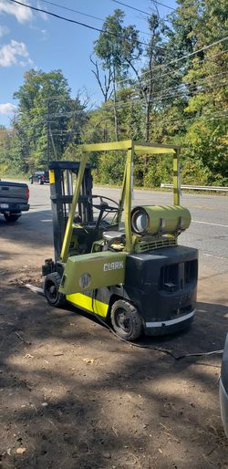 Clark Forklift for Sale in Waltham,  MA