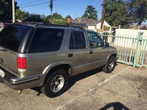1999 Chevy blazer LT 2700 OBO !!NO TRADES!! for Sale in Los Angeles, CA
