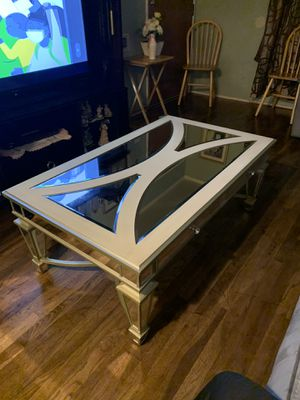 Mirror center table for Sale in Hanford, CA