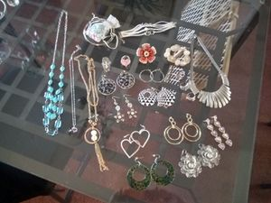 Jewelry for Sale in Los Banos, CA