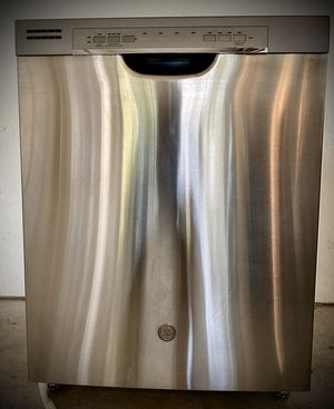 GE Stainless Steel Dishwasher with Auto Sense and Steam Prewash for Sale in Leander, TX