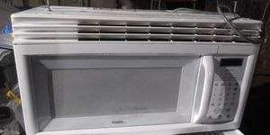 Kenmore mircowave for Sale in Columbia, SC