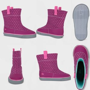 NWT see Kai run toddler girl size 8 rain boots for Sale in Plano, TX