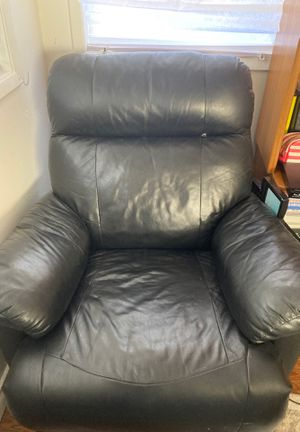 Black Couch for Sale in Concord, CA