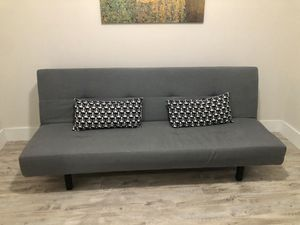 Futon sofa bed for Sale in Pembroke Pines, FL