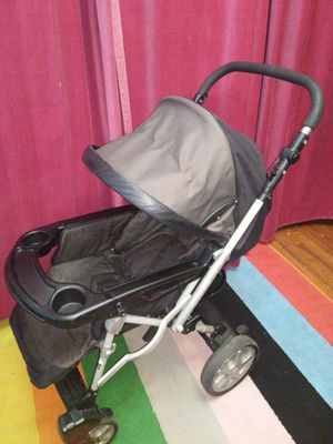 Peg-perego baby stroller. In good condition.new$400 for Sale in Queens, NY