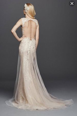 Wedding Dress- new with tags for Sale in Dallas, TX
