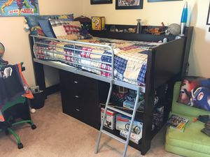 Loft bed w/ twin mattress, memory foam cover, desk that slides under bed for Sale in Hudson, FL