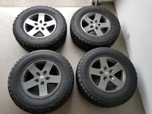 Mineral Gray 17-inch Moab wheels for Jeep Wrangler for Sale in Riverview, FL