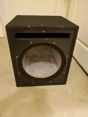 12 inch Subwoofer Box for Sale in Kaysville, UT