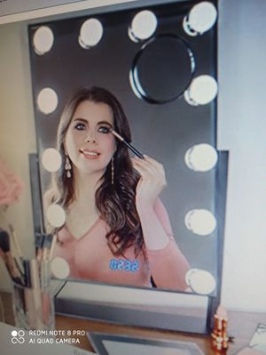 Makeup Vanity Mirror with Lights for Sale in Sugar Land, TX