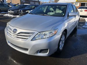 2010 Toyota Camry XLE 122k Miles for Sale in East Windsor, CT