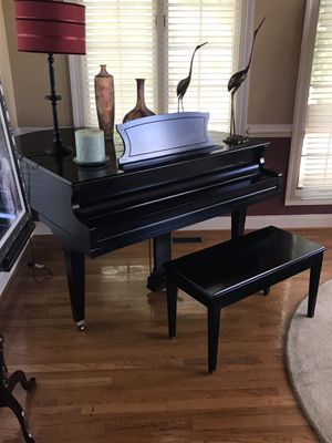 Baby Grand Piano for Sale in Ashton-Sandy Spring, MD