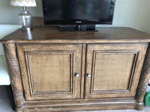 Beautiful Wood Media Cabinet! for Sale in Arlington, VA