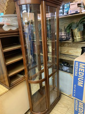 Curio Cabinet for Sale in Inman, SC