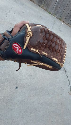 "Rawlings 13"" glove for Sale in San Diego, CA"