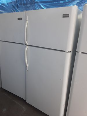 $265 white Frigidaire 18 cubic fridge includes delivery in the San Fernando Valley a warranty and installation for Sale in Los Angeles, CA