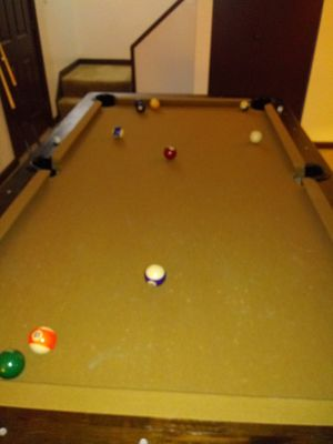Pool table for Sale in Bloomington, IL