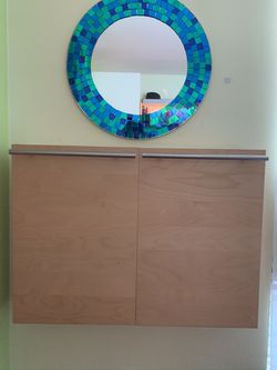 Floating Wall Cabinet/Vanity for Sale in Agoura Hills,  CA