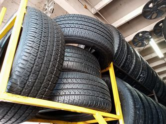 Firestone 235-60-17 Tire Set 85% To 90% Life , Best Offer 200 includes installation and balancing , English and Spanish Spoken for Sale in Bellflower,  CA