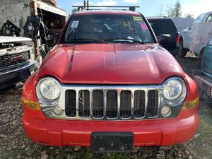 05 JEEP LIBERTY Only parts—— Solo partes for Sale in Riverbank, CA