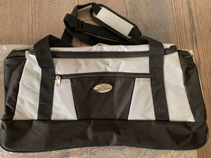 Travel or Sports Duffle Bag for Sale in Bellflower, CA
