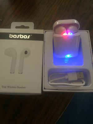 Wireless headphones for Sale in Cleveland, OH