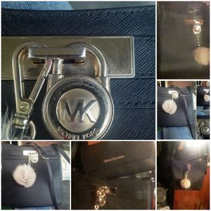 Michael Kors purse for Sale in Fresno, CA