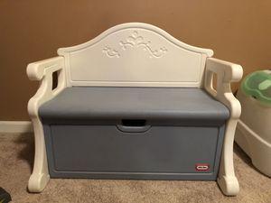 Little Tikes Storage Bench for Sale in Woodbridge, VA