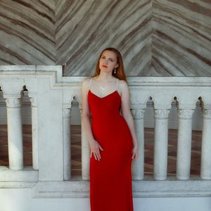 Beautiful Red Prom Dress - Size 0-2 for Sale in Las Vegas, NV