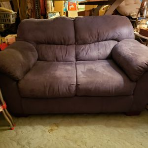 Comfy Love Seat for Sale in Tacoma, WA