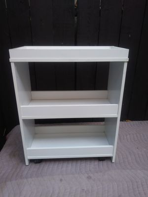 Small shelf on casters for Sale in West Hollywood, CA