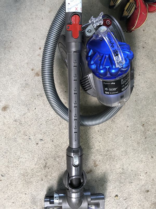 Dyson Small Canister Vacuum