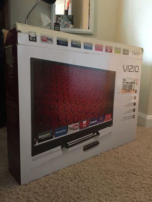 """24"""" Vizio HD Smart TV for Sale in Arlington, VA"""