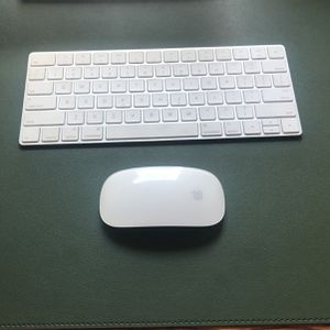 Apple Magic Keyboard & Mouse for Sale in Portland, OR