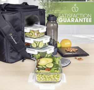 Glass Food Storage Containers 2 compartments-4 count-29oz each for Sale in Ontario, CA