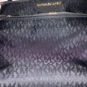 Brand New Michael Kors Messenger Bag $95 for Sale in Wildomar, CA