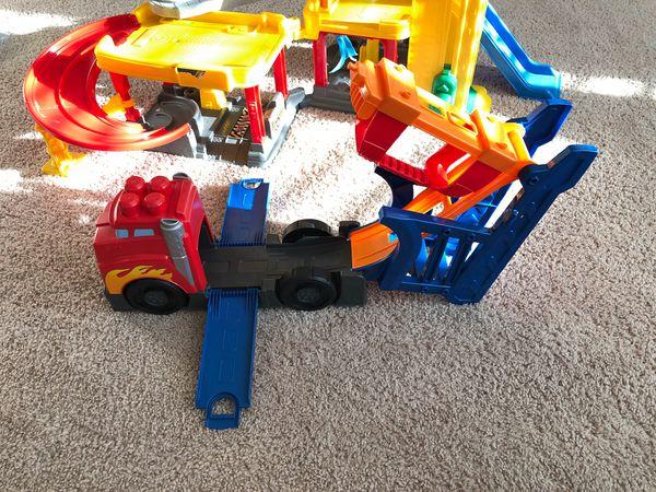 Kids toys. Little people