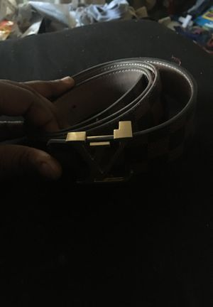 Louis Vuitton belt brown\black for Sale in La Vergne, TN