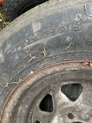 ***FREE TIRES***PICK UP ONLY** for Sale in Spanaway, WA