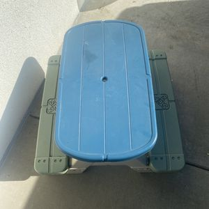Kids Picnic Table for Sale in Long Beach, CA