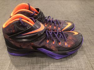 Nike Lebron James Zoom Soldier VIII (S-8) Men's Basketballl Shoes size 13 - PERFECT condition, worn once inside, never worn outside, retails for $200 for Sale in San Fernando, CA