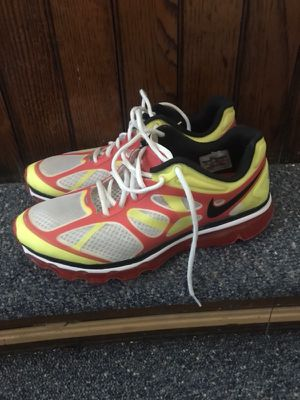 Nike air max shoes size 9.5 good condition for Sale in Pittsburgh, PA