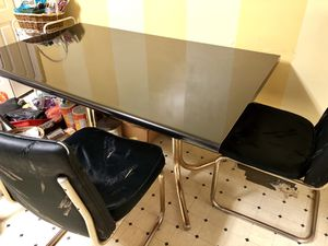 FREE kitchen table with 2 chairs, must go today for Sale in Bowie, MD