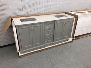 """72"""" bathroom vanity bath cabinet quartz top with two undermount sinks BRAND NEW for Sale in Federal Way, WA"""