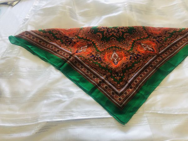 Square shape Egyptian scarf green