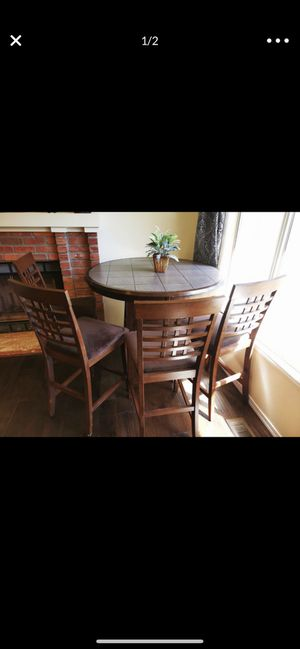 Table set for Sale in Mukilteo, WA